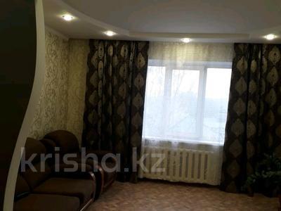 1-комнатная квартира, 52 м², 4/9 этаж посуточно, Каржайбай улы 259.б за 5 000 〒 в Семее