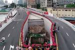 Новости: ВКитае вокруг частного дома построили скоростное шоссе