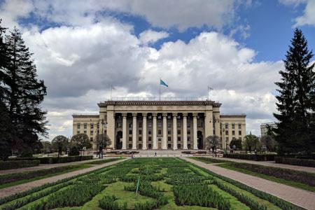 Новости: Пять центральных улиц Алматы повоскресеньям сделают пешеходными