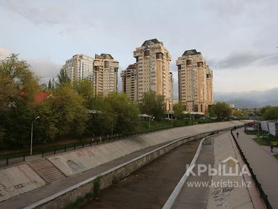 Жилой комплекс Тенгиз Тауэрс в Алматы