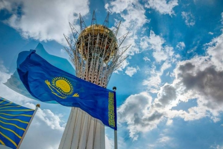 Новости: Казахстанцам показали варианты дизайна национального брендастраны