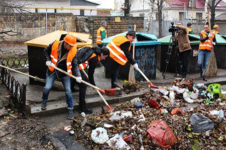 Новости: Артисты и певцы будут убирать улицы Алматы