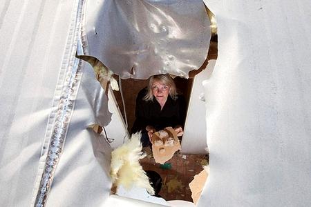 Новости: В школе Караганды рушится потолок