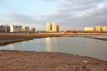 Новости: На Сайране очистят дно и осветлят воду