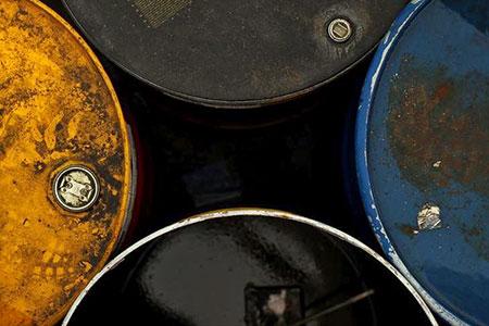 Новости: Цены на нефть начали восстанавливаться после резкого снижения