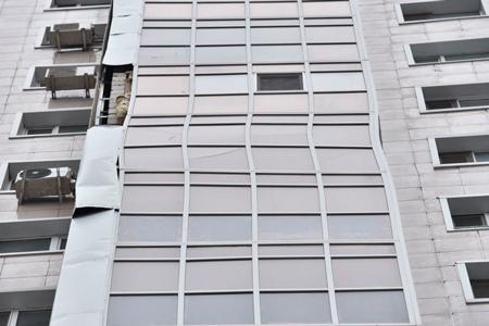 Новости: Дом спокосившимся балконом вНур-Султане акимат назвал жизнеспособным
