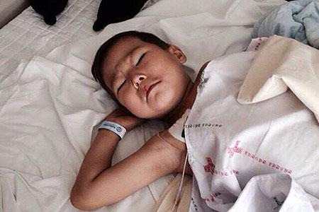 Новости: Астанчанку с больным ребёнком выселяют из-за временной регистрации