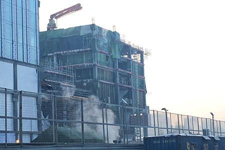 Новости: Пожар на стройплощадке небоскрёба «АбуДабиПлаза»ликвидирован
