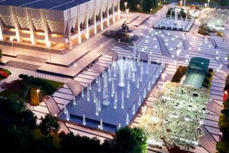 Новости: ВАлматы реконструируют сквер утеатраим.Ауэзова