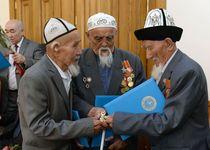 Новости: Алматинские ветераны получили квартиры