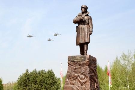 Новости: Астана: монумент героям-панфиловцам открыт (фото)