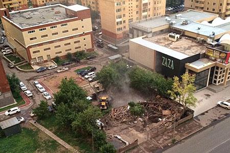 Новости: В Астане снесли дом, владелец которого угрожал себя взорвать