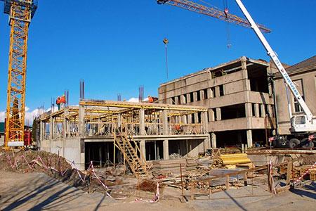 Новости: Настроительство жилья ишкол выделят рекордныесуммы