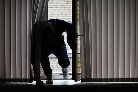 Новости: ВАлматы задержали квартирных воров изВКО