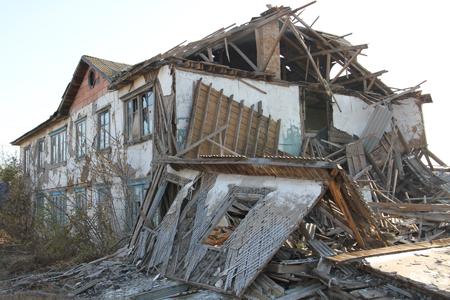Новости: В аварийном доме в ЗКО более 10 лет живут пенсионеры