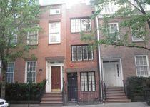 Новости: В Нью-Йорке продали узкий дом