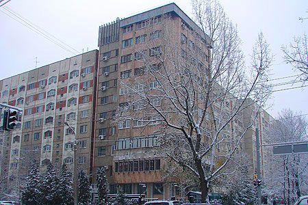 Статьи: В Алматы дешевеют квартиры разных форматов