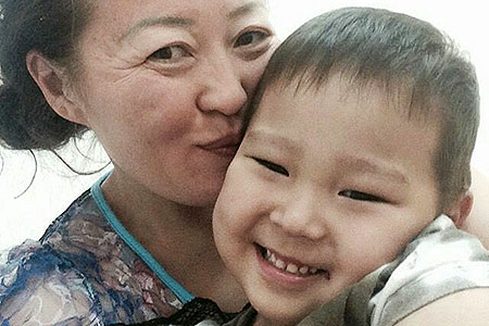 Новости: Акимат пообещал помочь семье, которую выселяют из-за временнойрегистрации