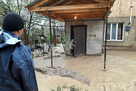 Новости: ВАлматинской области подтопило 151 дачу идетскийсад