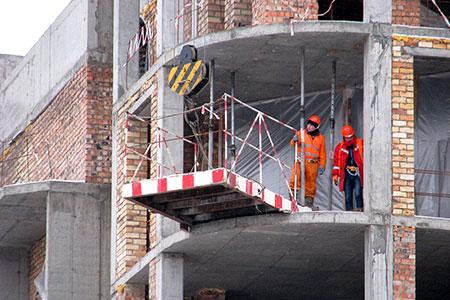 Новости: Застройщики Астаны ощущают нехватку строителей