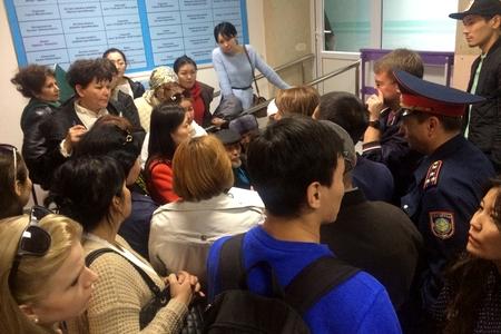 Новости: В Астане дольщики пришли в акимат за правдой