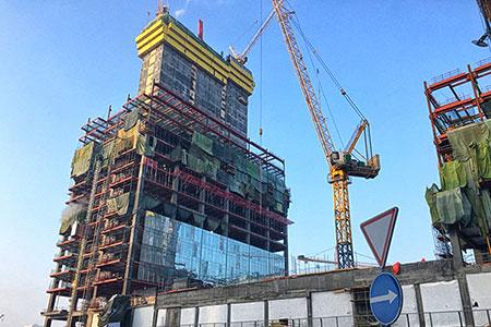 Новости: Пять этажей «Абу Даби Плаза» разберут