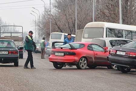 Новости: В Алматы изменят правила парковки