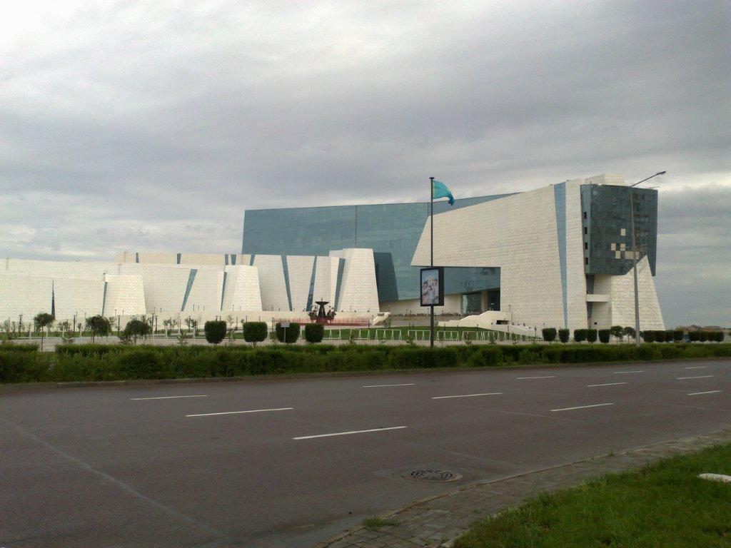 Новости: Президент открыл Национальный музей истории