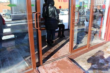 Новости: Первая остановка с подогревом уже сломалась