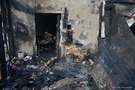 Новости: Родителям погибших при пожаре детей купят квартиру