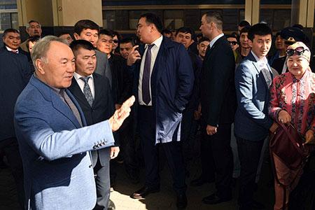 Новости: Назарбаев: Ястоял вочереди наквартиру почти 10лет