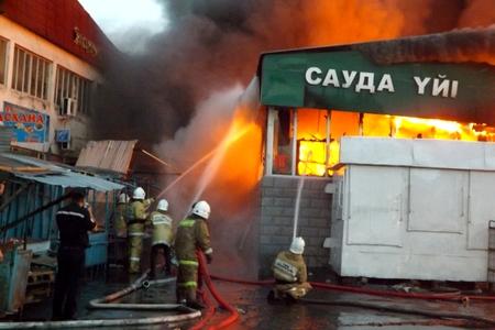 Новости: В Талдыкоргане полыхали два торговых дома