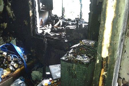 Новости: В ходе пожара из жилого дома в Алматы эвакуировано103человека