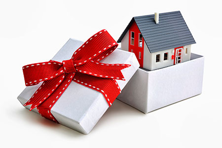 Статьи: Как правильно подарить жильё?