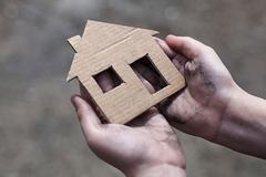 Статьи: Когда нет жилья: истории тех, кто остался наулице