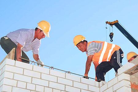 Новости: Строители устали годами бегать по кабинетам