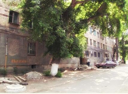 Новости: В Караганде за сутки трижды подожгли один и тот же дом