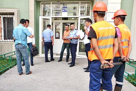 Новости: Жильцы одного изЖКАлматы задолжали тепловикам 800тысячтенге