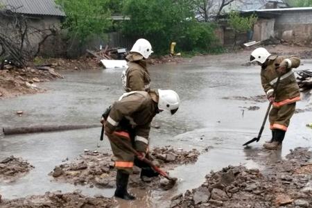 Новости: В Шымкенте две реки вышли из берегов