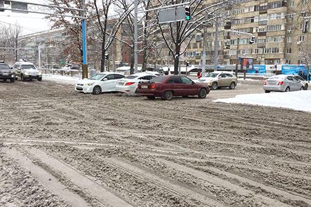 Новости: В Алматы до конца недели от снега очистят 50 улиц
