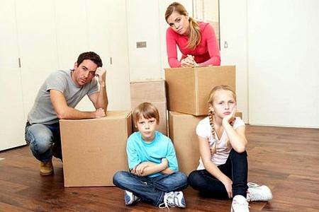 Новости: Молодые семьи переехали в доступное жильё