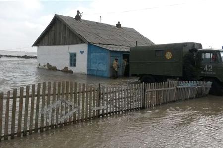 Новости: Сёла на востоке и в центре страны уходят под воду
