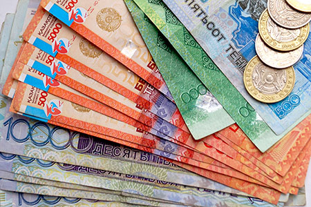 Новости: Эксперт: курс в325 тенге возможен только при$60забаррель