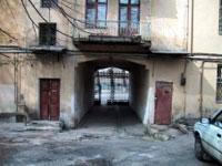 Новости: Аким Алматы критикует работы по благоустройству дворов