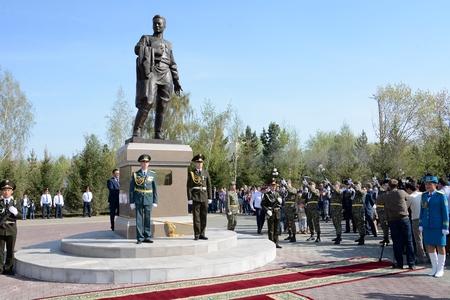 Новости: Герою войны установили памятник