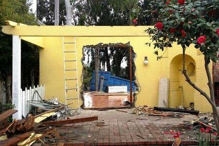 Новости: В США сносят особняк Рэя Брэдбери