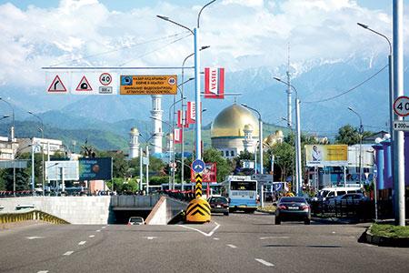 Новости: Алматы: рекламу уберут с перекрёстков