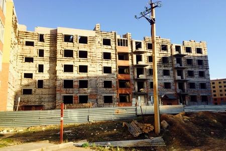 Новости: Астанчан заселят в аварийную новостройку