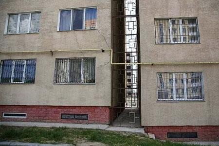 Новости: Строительство дома вАлгабасе взамен накренившегося обошлосьв700млнтенге