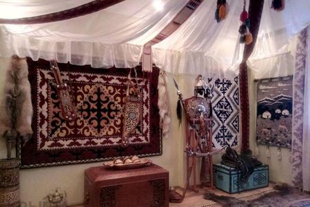 Новости: Квартира с комнатой-юртой сдаётся в Нур-Султане